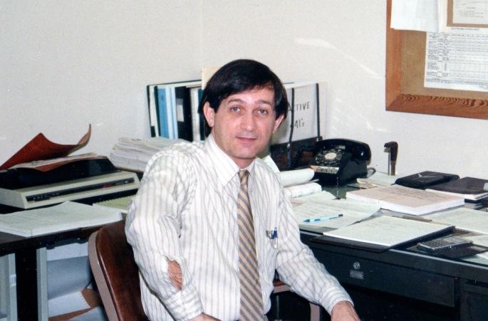 Bob Mustin026